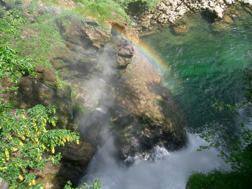 Rainbowwaterfall